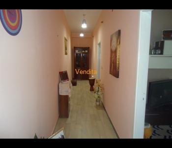 Appartamento al 1° piano in zona centrale